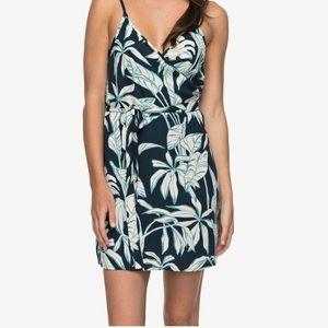 NWT Roxy Drifting Current Wrap Dress